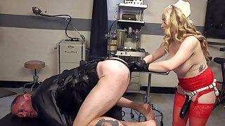 Female nurse goes inexact on man's ass alongside dirty talisman