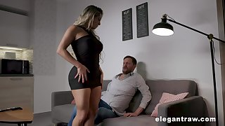 Overshadow thighed MILF with huge tits and fat ass having sex after a idealizer date