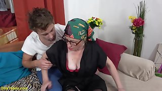 Moms coochie mini-rosebud with step grandson