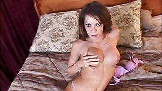 Video of fit brunette Vanessa Lane pleasuring her wet pussy