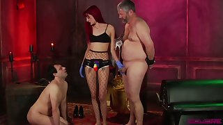 Kinky mistress Andi Rye makes several bisexual dudes suck often others cocks
